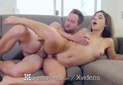 Porno amadoras comendo a amiga nua