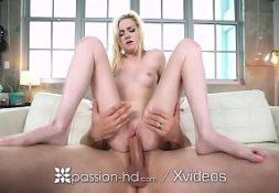 Video pornografico comendo a loira bem safada